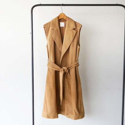 Sleeveless Suede Coat(ベージュ)