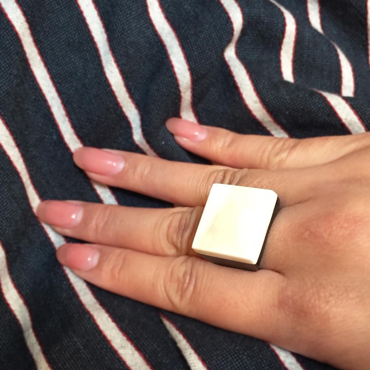 ELLIE's Ring