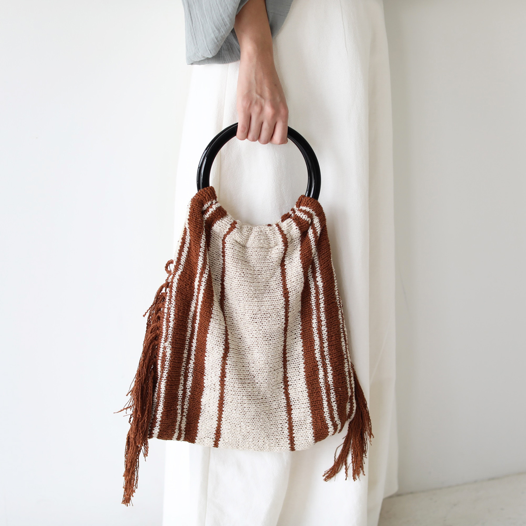 Circlehandle Knit Bag