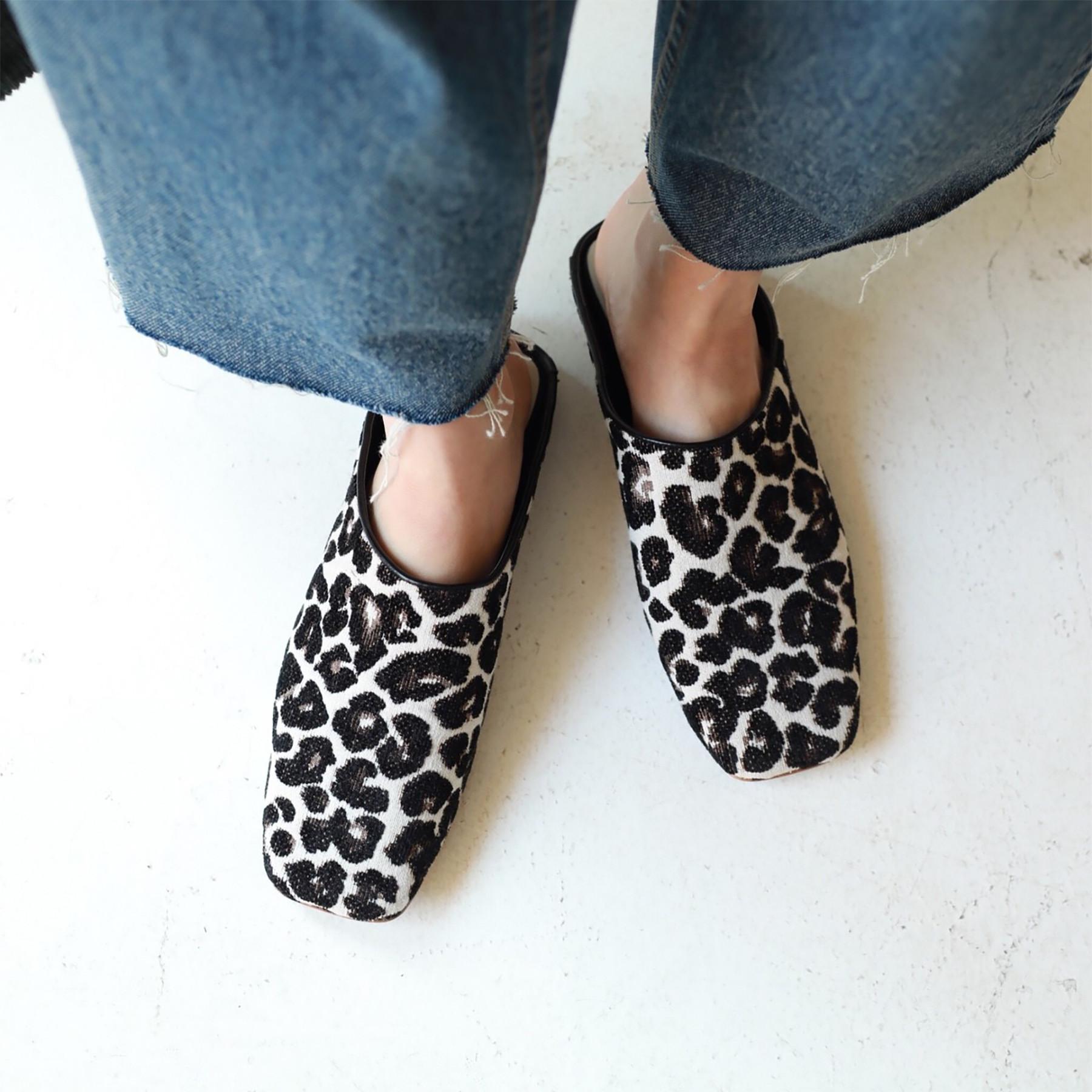 Gobelin Flat Shoes