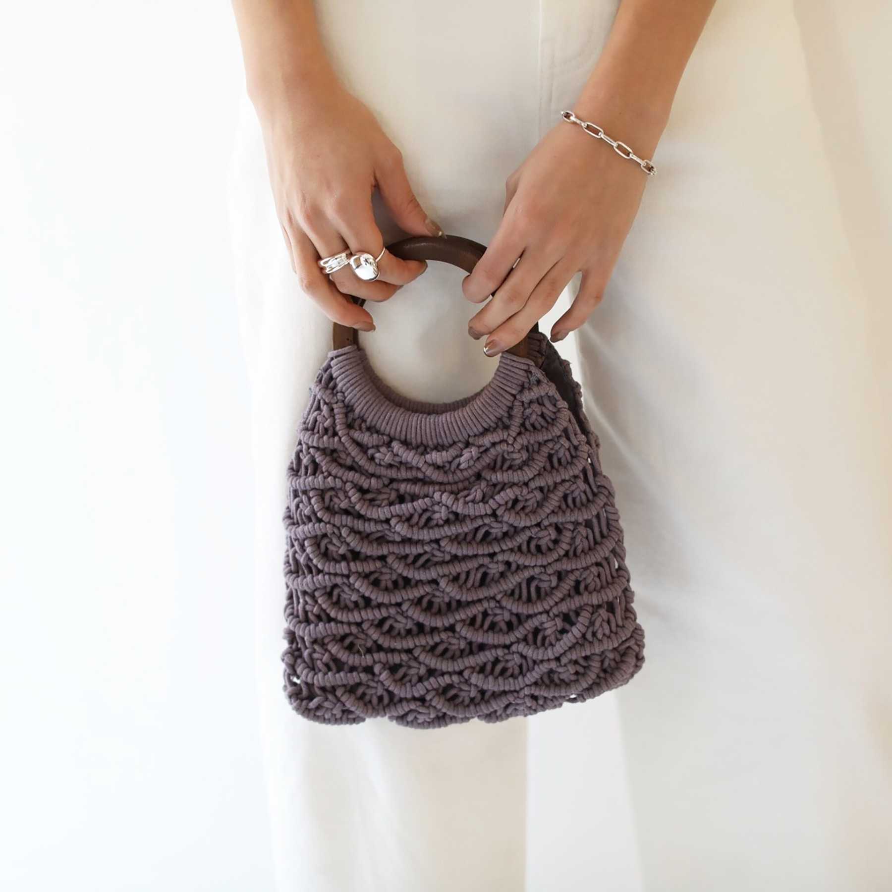 Circlehandle Macrame Bag
