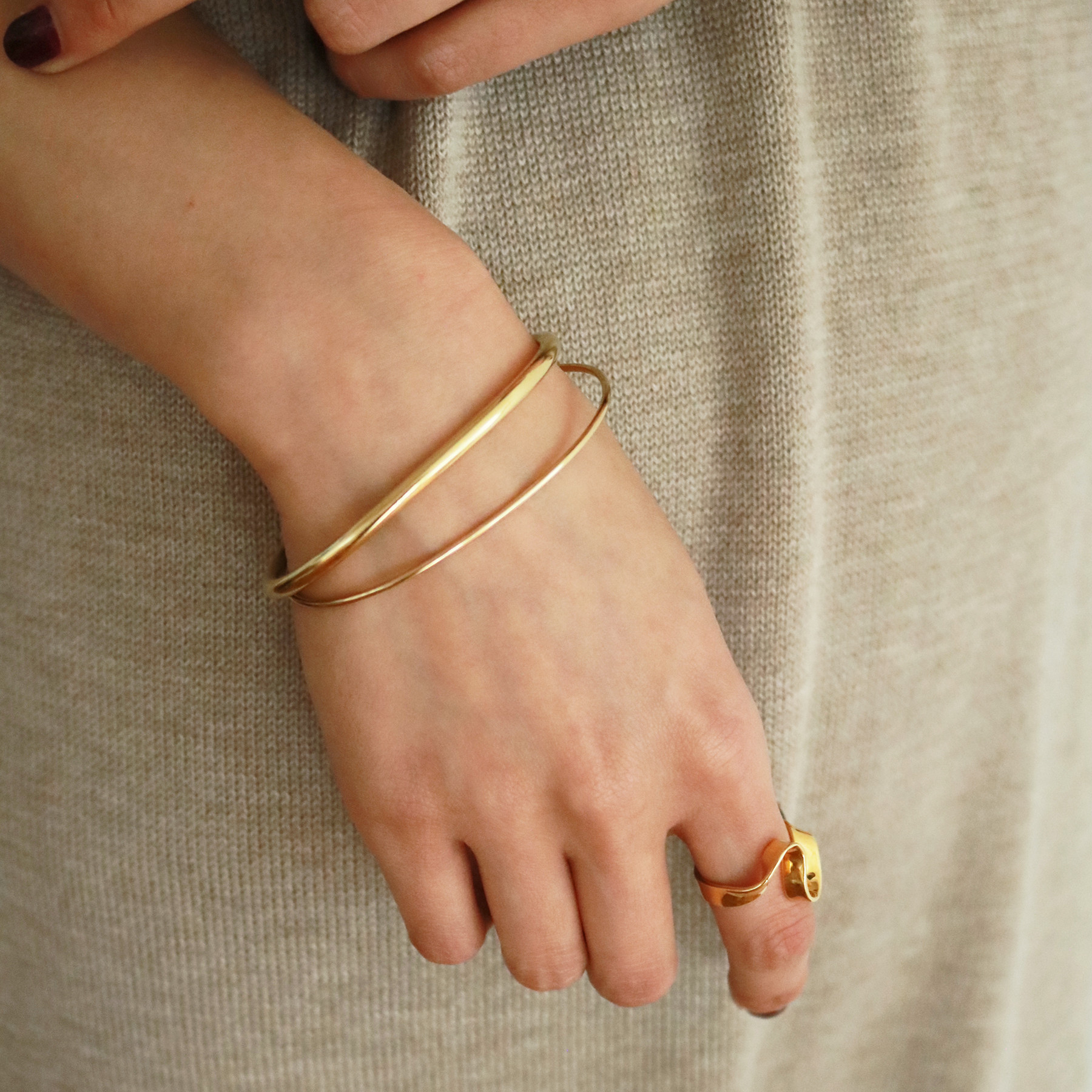 Plain Thin Bangle