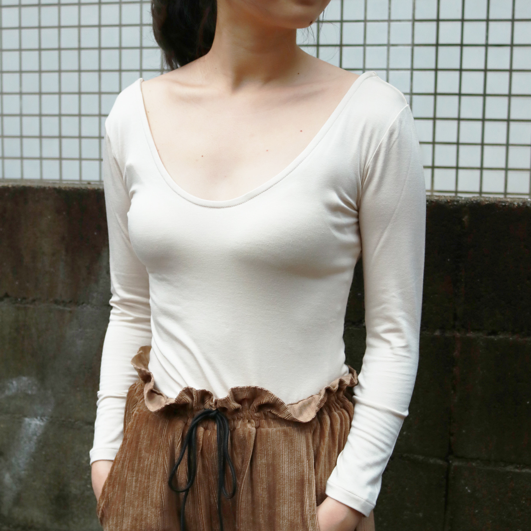 Dualwarm Roundneck Tops
